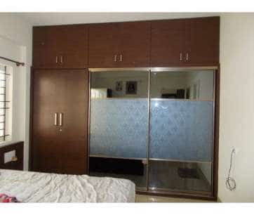 Wardrobe Solutions- The problem of lack of storage